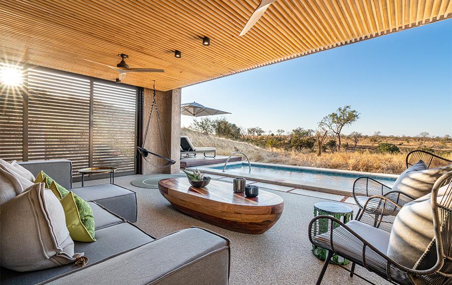 Luxury Sabi Sabi Earth Lodge and Pool