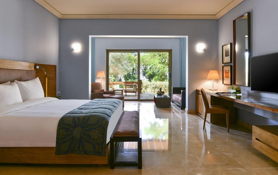 Kempinski Hotel Amman deluxe room