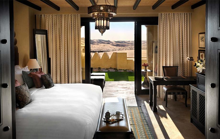 Bedroom of the Qasr Al Sarab Resort in the United Arab Emirates