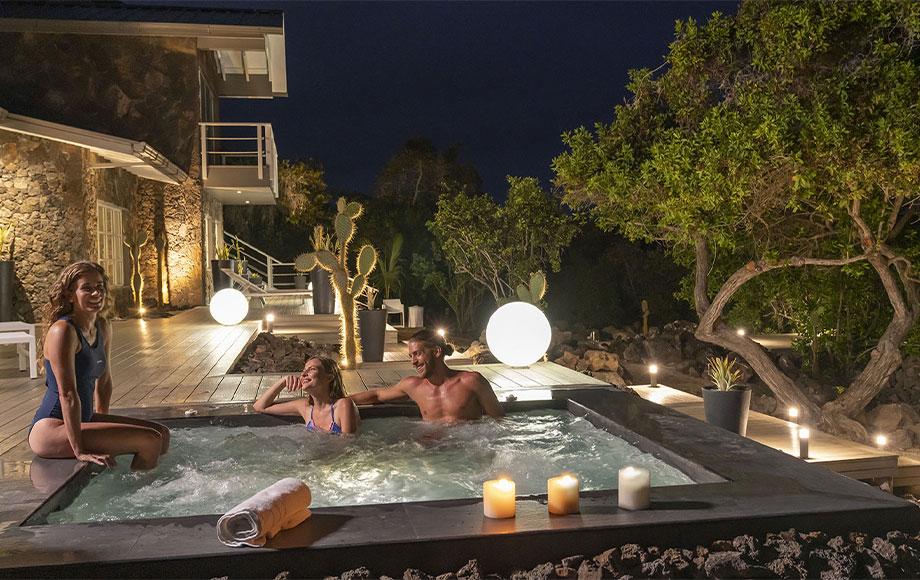 Finch Bay Hotel Hot Tub