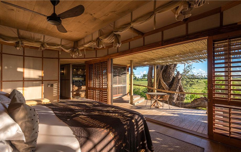 Mombo Camp Luxury Suite