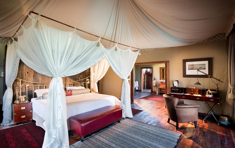 Duba Plains Camp suite