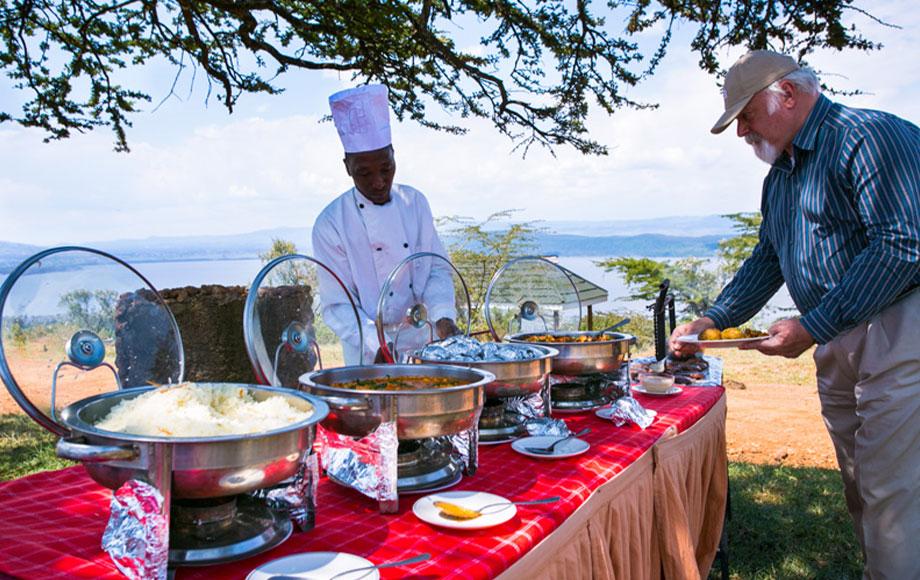 Lunch outdoors at Mbweha Safari Camp