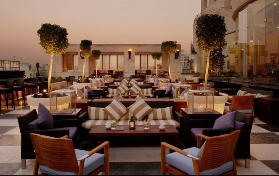 Grand Hyatt Amman terrace