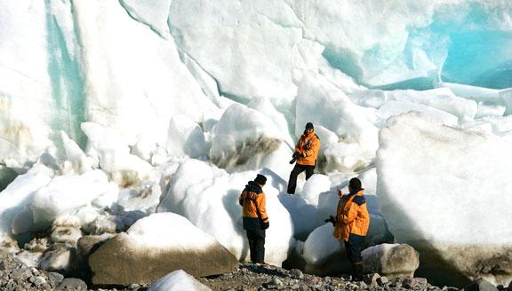 Canadian Arctic shore exploration