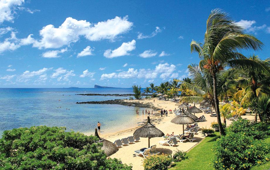 Canonnier Beachcomber Golf Resort & Spa Beach