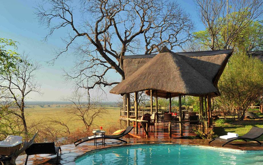 Muchenje Safari Lodge Swimming Pool